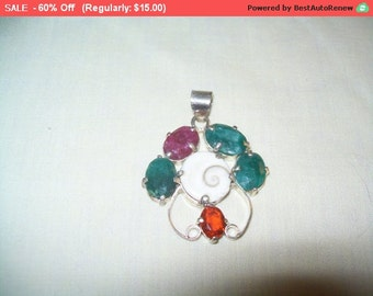 SALE 60% Off Vintage gemstone pendant, unique fashion pendant, Artsy pendant