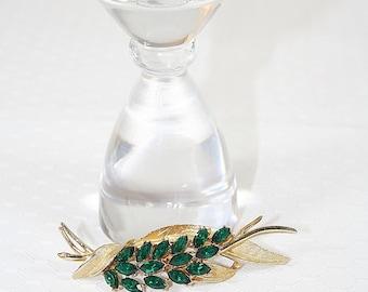 Coro Pin Emerald Green Marquis Rhinestones Vintage Any Occasion
