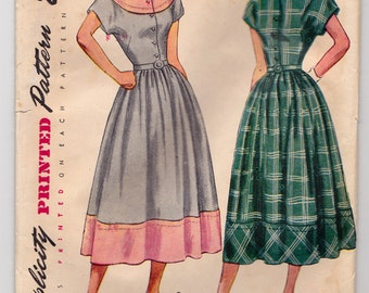 1940's Misses' One-Piece Dress with Detachable Collar - Simplicity 2481 - Size 14 Bust 32, Partially Cut