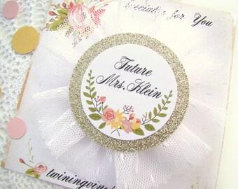 Brides Badge, Bride's Corsage, Future Mrs, Bachelorette Party Pin, Bridal Shower Corsage, White Floral Gold, Bridal Shower, Hen Party Pins,