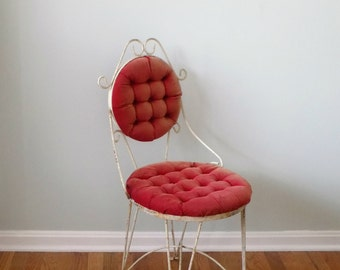 Vintage White Wrought Iron Metal Red Button Cushion Parlor Chair - Ice Cream Cafe Vanity Chair Antique Furniture Restoration Shabby Chic