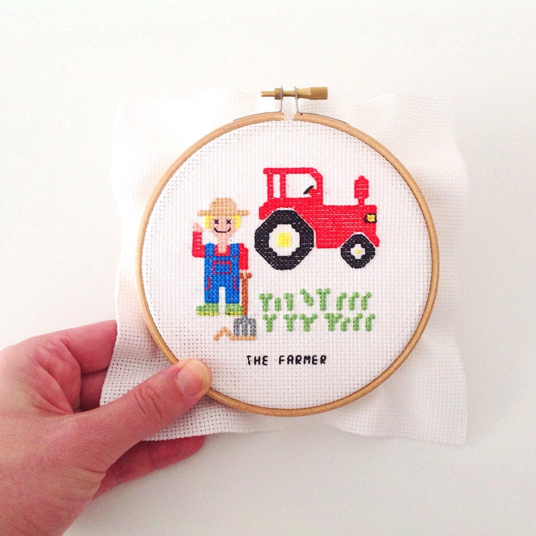 2 x diy kado voor boer. boer borduurpatroon met tractor door koekoek