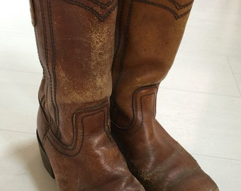 SALE! 1970s Distressed Leather Campus Boots Women's Size 9