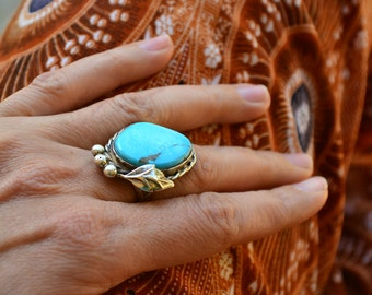 Beautiful 70's 80's Native American unsigned Sterling silver and Turquoise Ring SZ 6.5