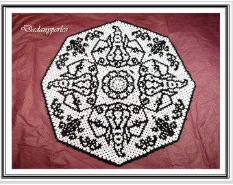 pattern bead weaving doily monochrome elephant