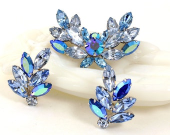 Vintage Designer Signed Brooch & Earrings  // Regency  // Baby Blue Rhinestones // Capri // Sky // Ocean // Wedding // Mother of the Bride