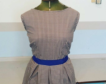 Fabulous,plus size,curvy girl vintage fabric houndstooth dress i  brown white and blue UK size 22 and US size 18