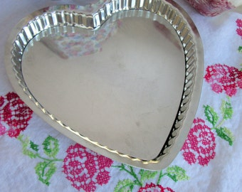 Heart-shaped Baking Tin, Removable Bottom