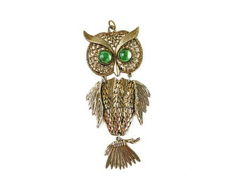 Retro Green Eyed Owl Pendant