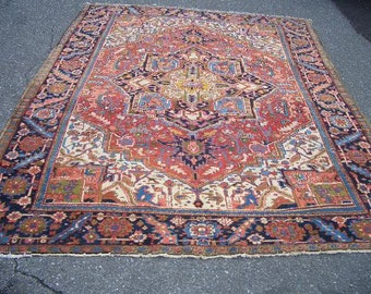 1940s Hand-Knotted Antique Heriz Persian Rug (2502)