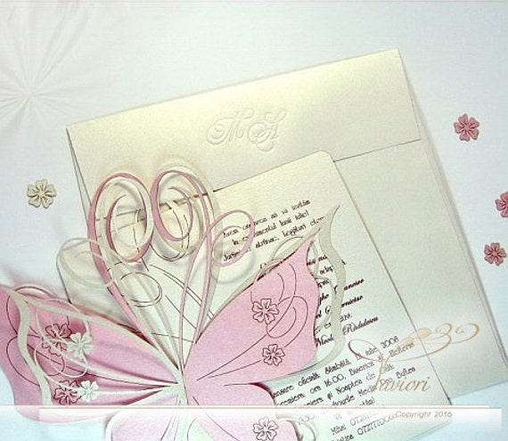 """30 Butterfly Wedding Invitations - romantic flowers embellished wings - """"Clem Butterfly"""""""