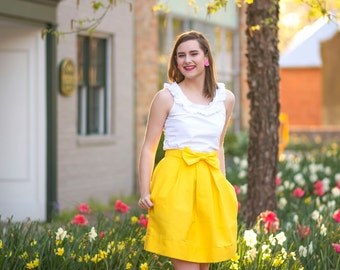 Woman's Structured Yellow Bow Skirt