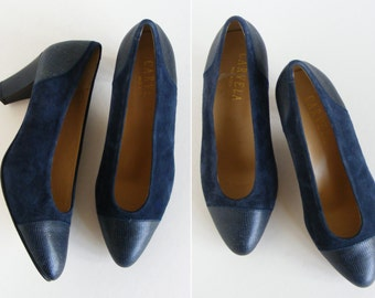 Court Shoes Pumps Navy Blue Suede Leather Ladies Vintage Shoes Made In Italy Leather Soles Size 38.5
