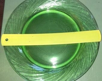 Large light green Pyrex plates (4)
