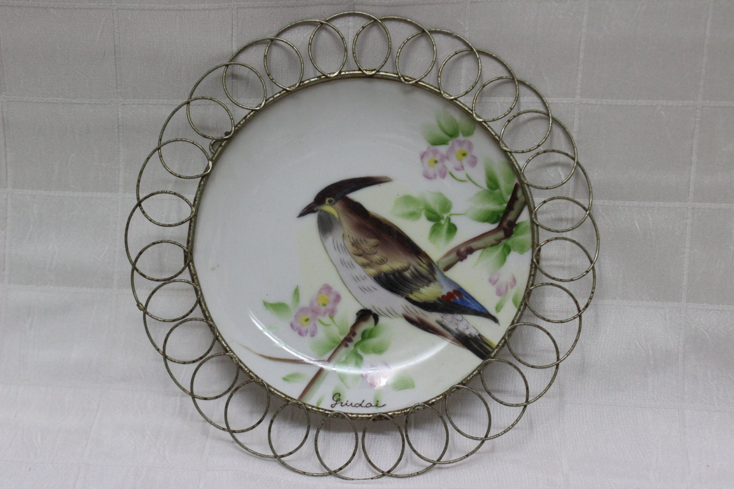Decorative wall plate hanger : Decorative wall hanging plate hand painted in japan