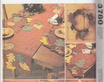McCall's Crafts 3780 Harvest Decorations Leaves, Wreath, Napkin, Placement and Table Runner Sewing Pattern 2002 Uncut