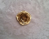 4 golden & 5 silver 1 inch rose pins