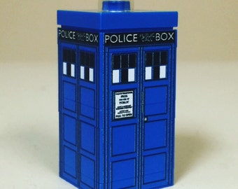 Mini TARDIS from Doctor Who made from Genuine LEGO Parts