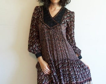 Vintage Indian Gauze Cotton 70's Bohemian Festival Dress Hippie BoHo Gypsy Quilt Yoke Dress