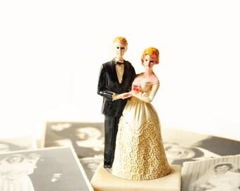 Beautiful Vintage Wedding Cake Toppers - Bride & Groom