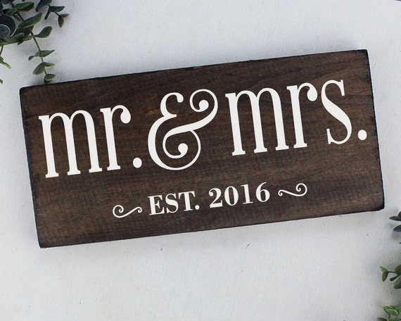 Mr And Mrs Gifts Wedding: Mr And Mrs Sign Wedding Gift Mr And Mrs Table Sign Wedding