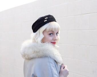 vintage black pillbox hat / tilt hat / halo hat / black pill box hat / 1950s hat 1960s hat / funeral hat / lace hat / beaded hat / 60s hat