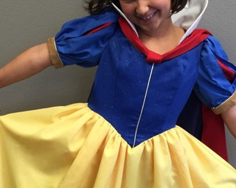 Snow white costume girls size 7/8 ready to ship