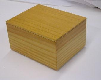 pine box with mitered corners