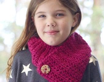 neck warmer | girls crochet wool scarf | raspberry pink | wooden button detail