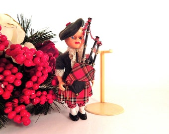 Scottish Heritage Doll Bag Pipe Player Vintage 1950's 6 Inch Sleepy Eyed Boy Doll Tartan Kilt Red Plaid Tam Collectible Made in England