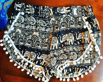 Black and white Spiritual Hippie Elephant Pom Pom festival Shortie Shorts size XS