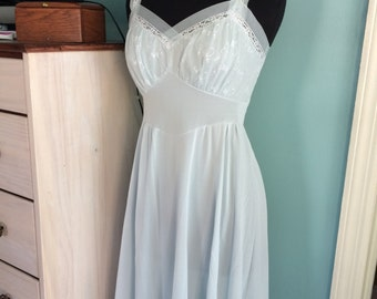 Vintage 1950s ice blue nightgown