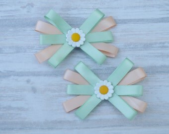 daisy hair clip set, girl hair clip set, mint and coral hair clips, daysi hair clip, daisy hair bow , gir hair accessory, baby hair clips