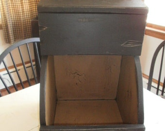 Hanging  Wall Box / bin