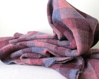 Vintage Wool Throw Blanket in Berry Colors, 1980's