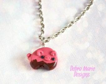 Handmade Kawaii Chubby Muddy Pink Mini Pig Necklace