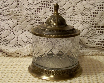 Cut Crystal Vanity Jar With Silverplate Base And Lid