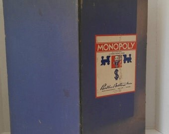 1935 Monopoly Game Board & Money