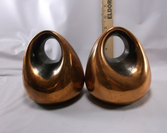 """Ben Seibel Brass Bookends for Jenfred-Ware  """"Orb"""" bookends in cast metal. epsteam"""