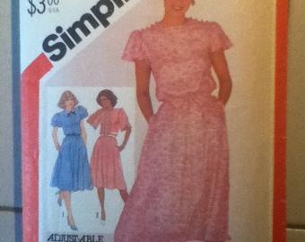 """Simplicity Dress Pattern 5546  Size: 12, Bust 34"""", Waist 26"""", Hip 36"""""""