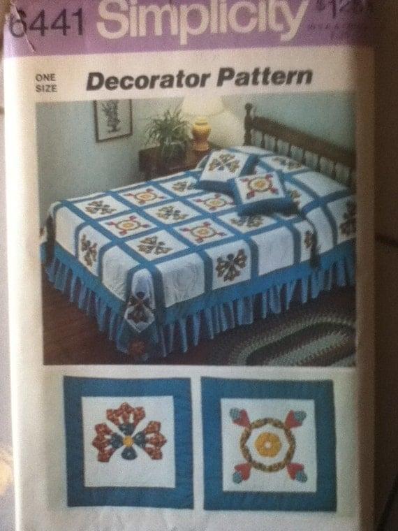 Throw Pillow Quilt Pattern : Simplicity Quilt & Throw Pillows Pattern 6441