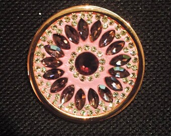 "33 mm Cached Treasures ""Purple Dahlia"""