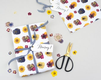 UPGRADE - Gift wrap your purchase!