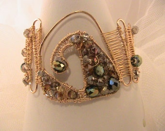 Gold plated wire and crystal bangle/bracelet
