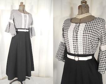 Vintage 1950s Blouse / Plus Size black White Gingham Blouse /  50s Ranch Wear / XL Rockabilly Button Down Shirt