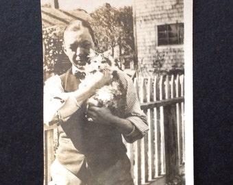 Vintage Photo Snapshot Vernacular Photo Man Cat Kitty