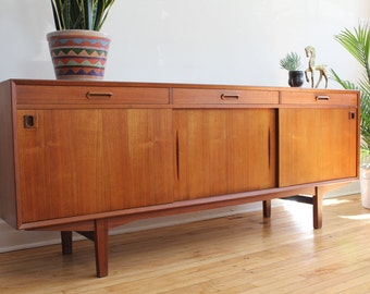 Mid century modern kent coffey perspecta bedroom set by for Mobili danesi