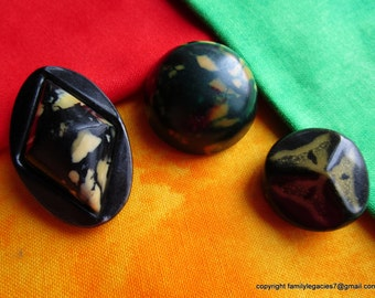 0060 – Three Differently Shaped Celluloid Bubble Mottled Design Vintage Buttons
