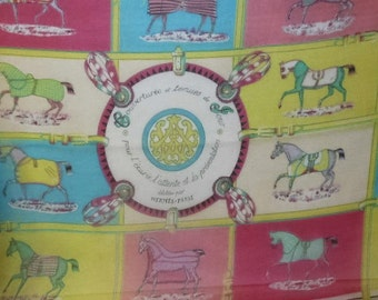 Vintage HERMES PARIS Silk Chale Scarf Couvertures et tenue de Jour pour l' ecurie l' attente et la presentation Equestrian Horse Designer