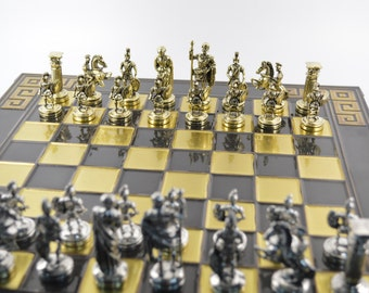 Caesar's chess set (38X38cm) / Bronze chess board